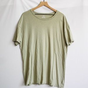 American Eagle Distressed T-shirt